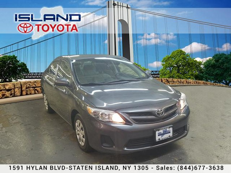 Pre-Owned 2013 Toyota Corolla 4dr Sdn Auto LE LIFETIME WARRANTY INCLUDED