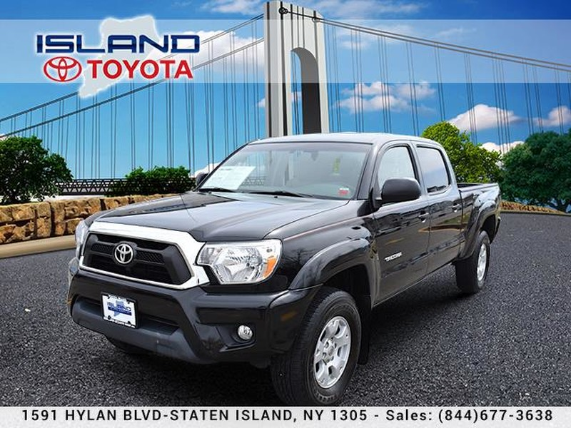 Pre-Owned 2015 Toyota Tacoma 4WD Double Cab LB V6 ATLIFETIME WARRANTY