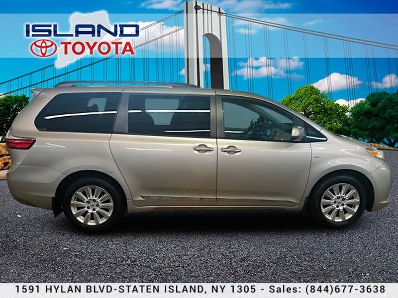 Pre-Owned 2016 Toyota Sienna 5dr 7-Pass Van XLE AWD LIFETIME WARRANTY