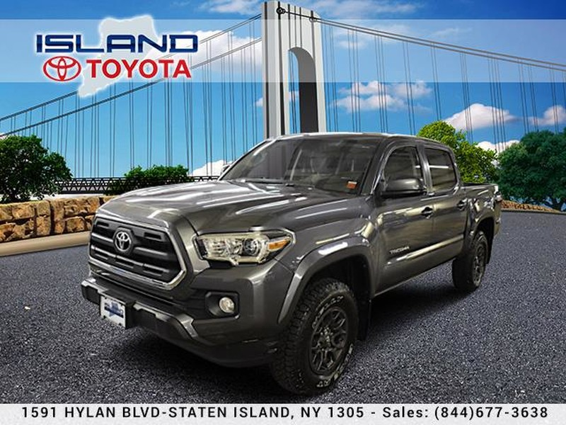Pre-Owned 2017 Toyota Tacoma SR5 DOUBLE CAB 4X4 LIFETIME WARRANTY