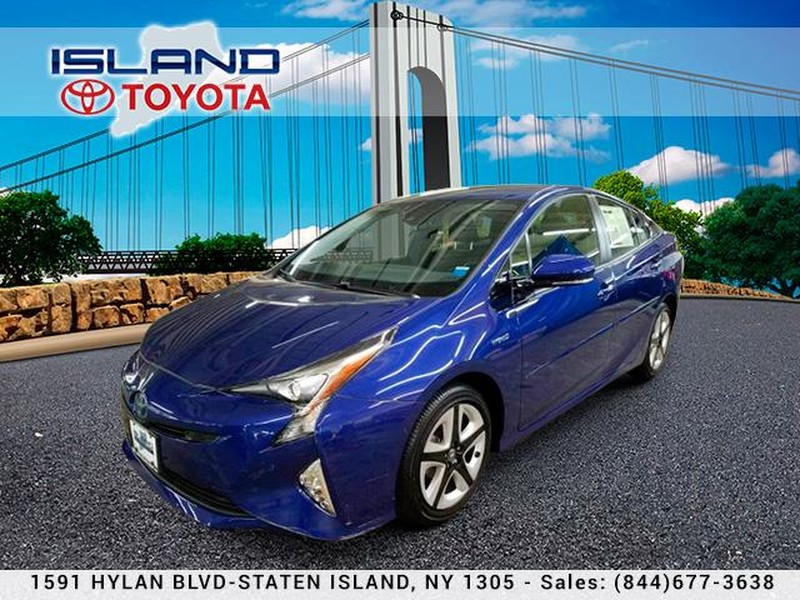 Pre-Owned 2018 Toyota Prius Three Touring (Natl)718 979 9595