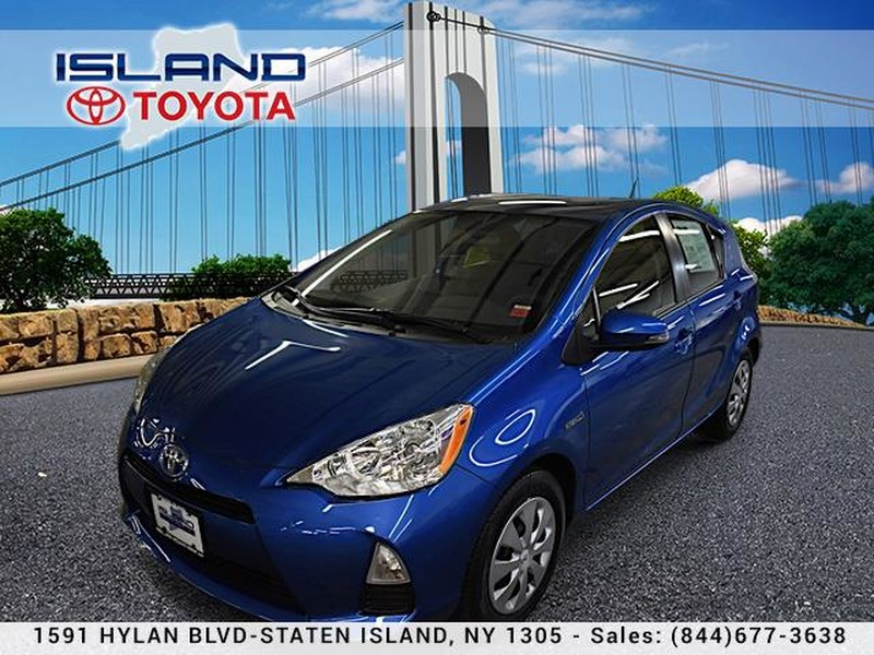Certified Pre-Owned 2014 Toyota Prius c 5dr HB Two