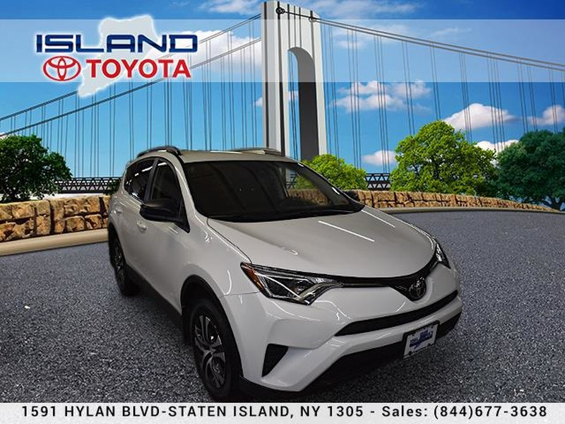 Pre-Owned 2017 Toyota RAV4 LE AWD LIFETIME WARRANTY