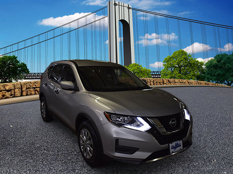 Pre-Owned 2017 Nissan Rogue FWD S LIFETIME WARRANTY