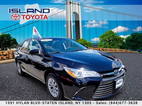 Pre-Owned 2017 Toyota Camry LE Auto LIFETIME WARRANTY Front Wheel Drive Sedan