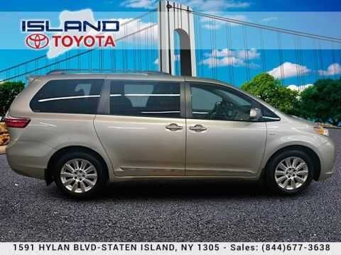 Pre-Owned 2016 Toyota Sienna 5dr 7-Pass Van XLE AWD LIFETIME WARRANTY Mini-van, Passenger All Wheel Drive